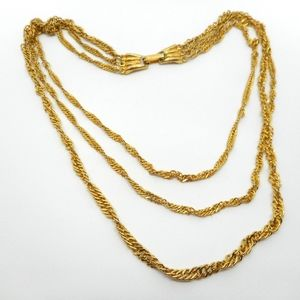 Jewelry - Sparkly 3 Gold Chains Necklace